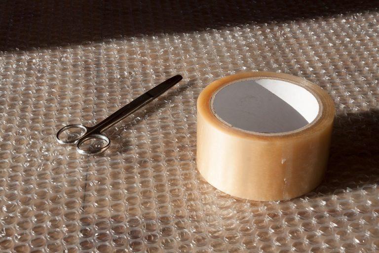 Le papier film bulle l'astuce pour emballer convenablement votre mobilier lors du déménagement!